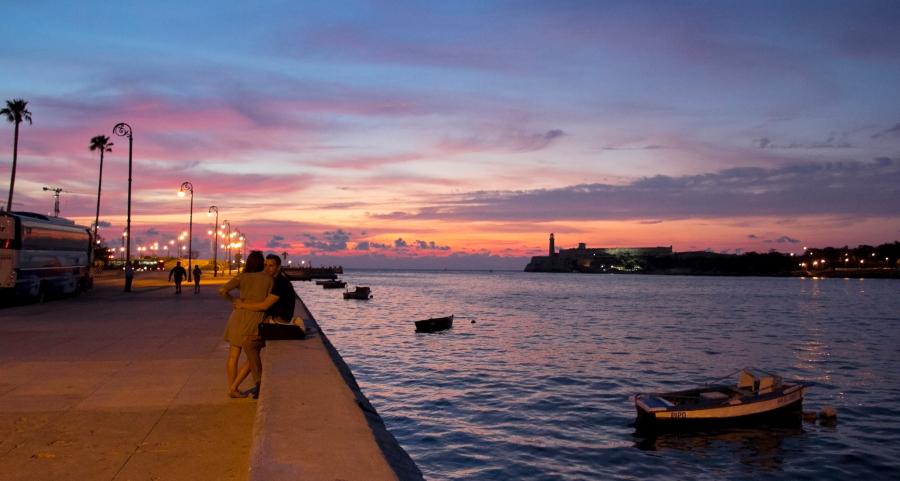 Malekono krantinė Havanoje vakarėjant