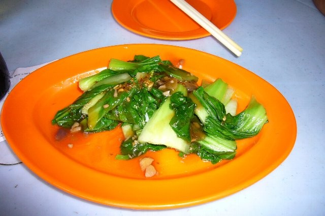 青々した野菜も新鮮で美味しいです!