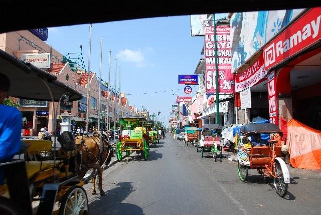 ジョグジャカルタの街です。