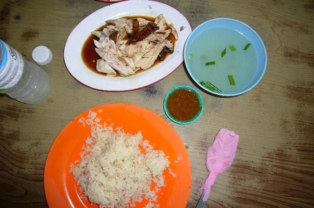 マレーシア名物、世界一おいしいチキン・ライス!