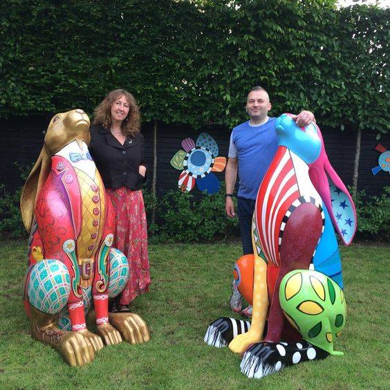 cirencester hare trail, kbmorgan, lee crew, painted hares,