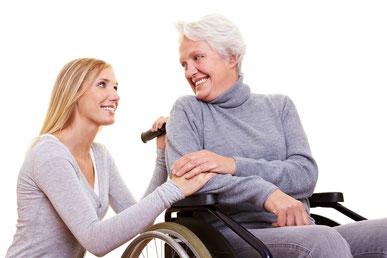 Eine Rollstuhlrampe stellt für viele Menschen eine Notwendigkeit dar - doch nicht nur körperlich eingeschränkte Personen profitieren voll solch einer Rampe. Rollstuhlrampen sind perfekt, wenn Barrieren komfortabel Allen überwunden werden sollen.