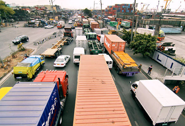 MANILA, Philippines - The government is looking into the proposal of stakeholders to lift all truck bans throughout Metro Manila.
