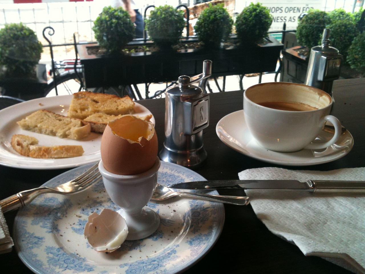 Awesome Breakfast@Mount Street Deli - London, United Kingdom