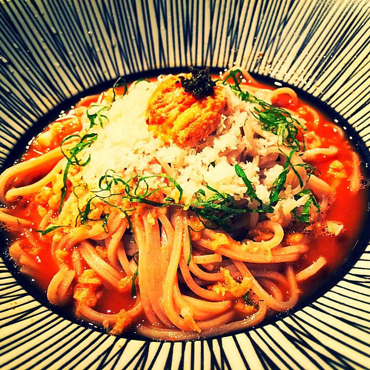 Soba Noodles auf Seeigel @Sakagura - New York, USA
