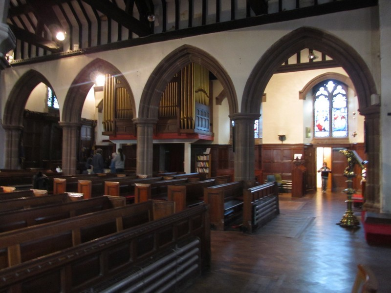 View from the nave to the north aisle