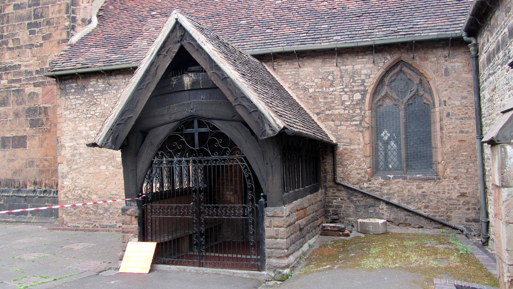 15th-century south porch