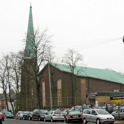 St Paul's church photographed P L Chadwick on Geograph - image reusable under a Creative Commons licence.
