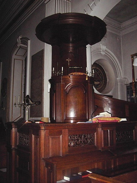 Triple-decker pulpit