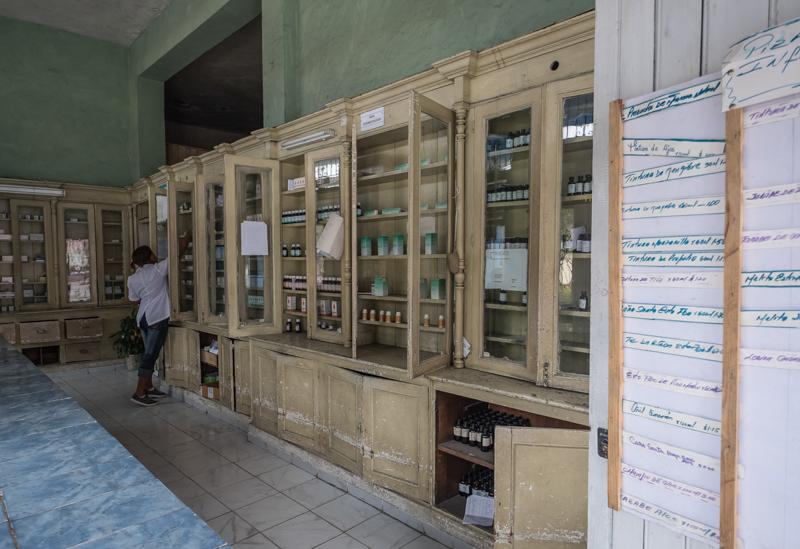 La Pharmacie parfaitement rangée et propre