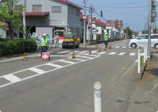 交通誘導警備業務の様子(新潟県燕市内)