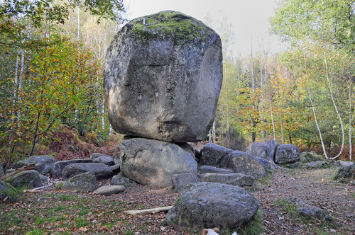 La pierre branlante à Boscartus
