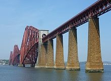 Forth Bridge von South Queensferry aus