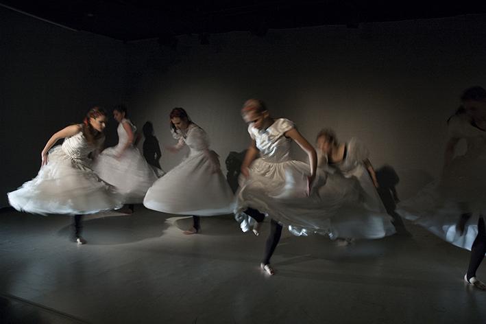 Ballet I /Alu-Dibond/180x120cm/ 2018