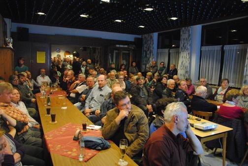 Einwohnerversammlung in Evern, Foto: HAZ