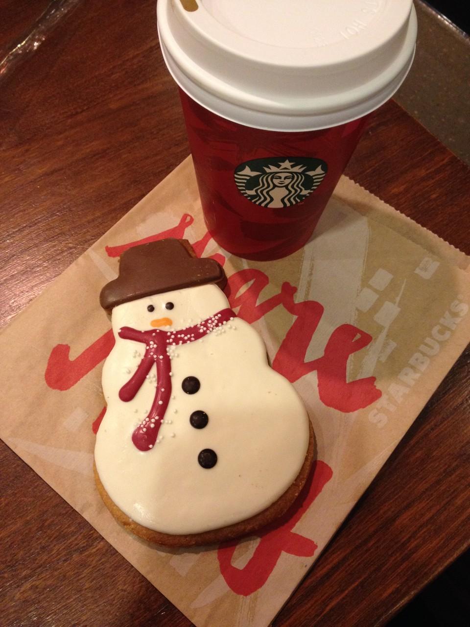 Schneemannkeks bei Starbucks