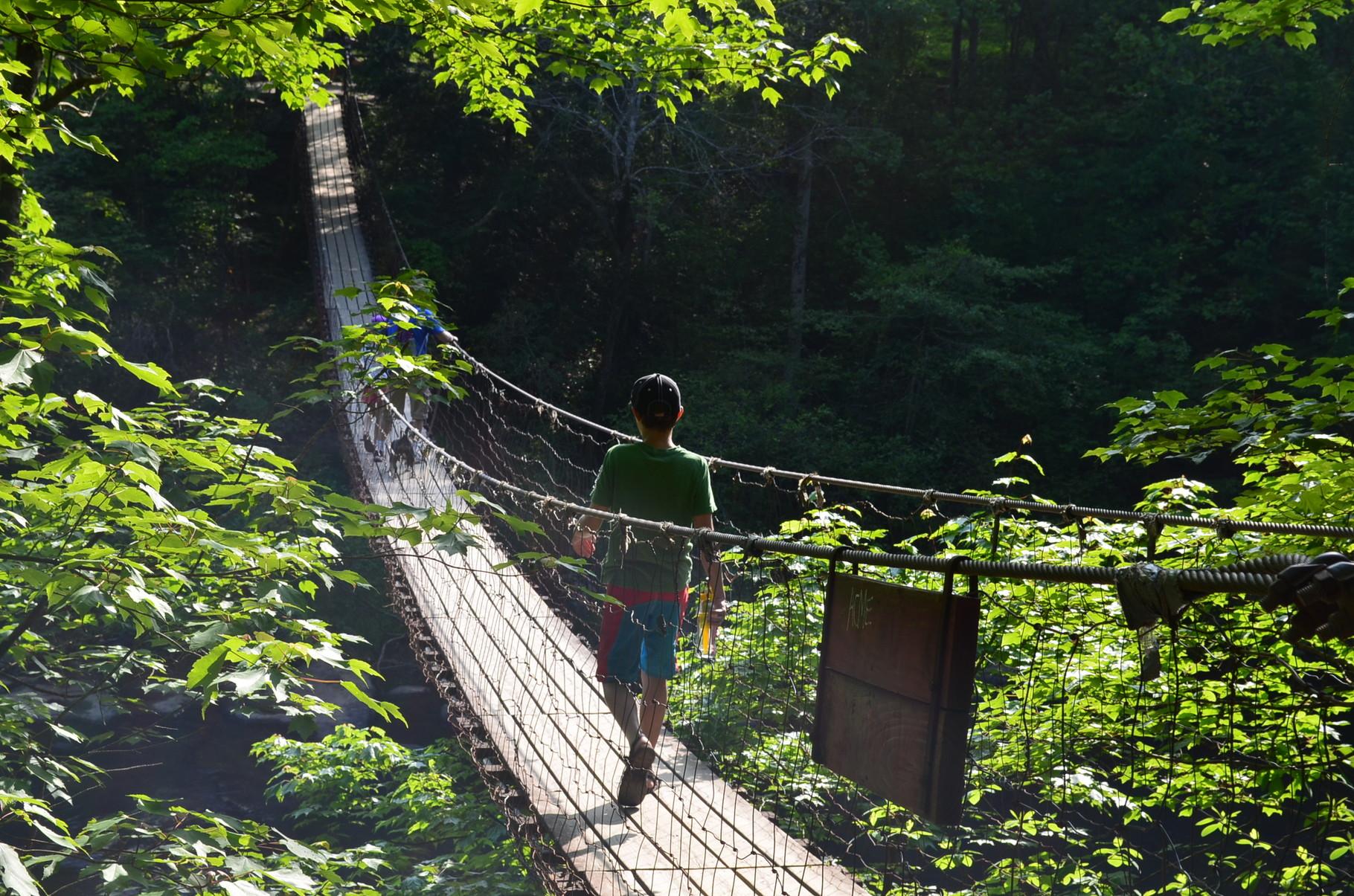 eine Brücke wie aus den Filmen