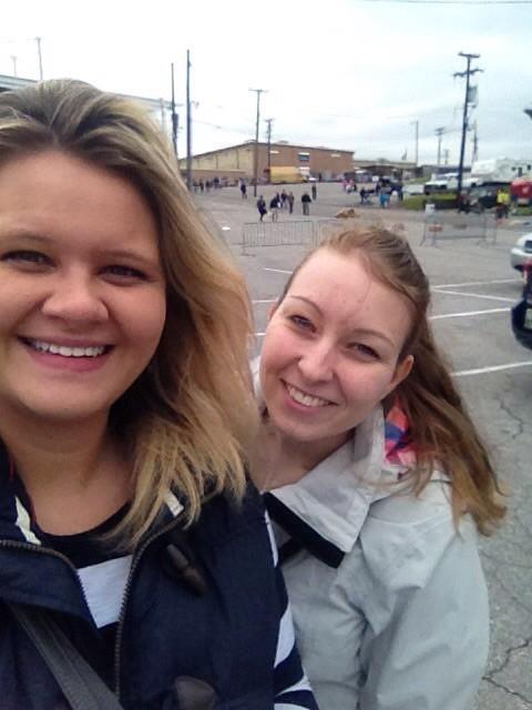 Josi und ich auf dem Fleamarket