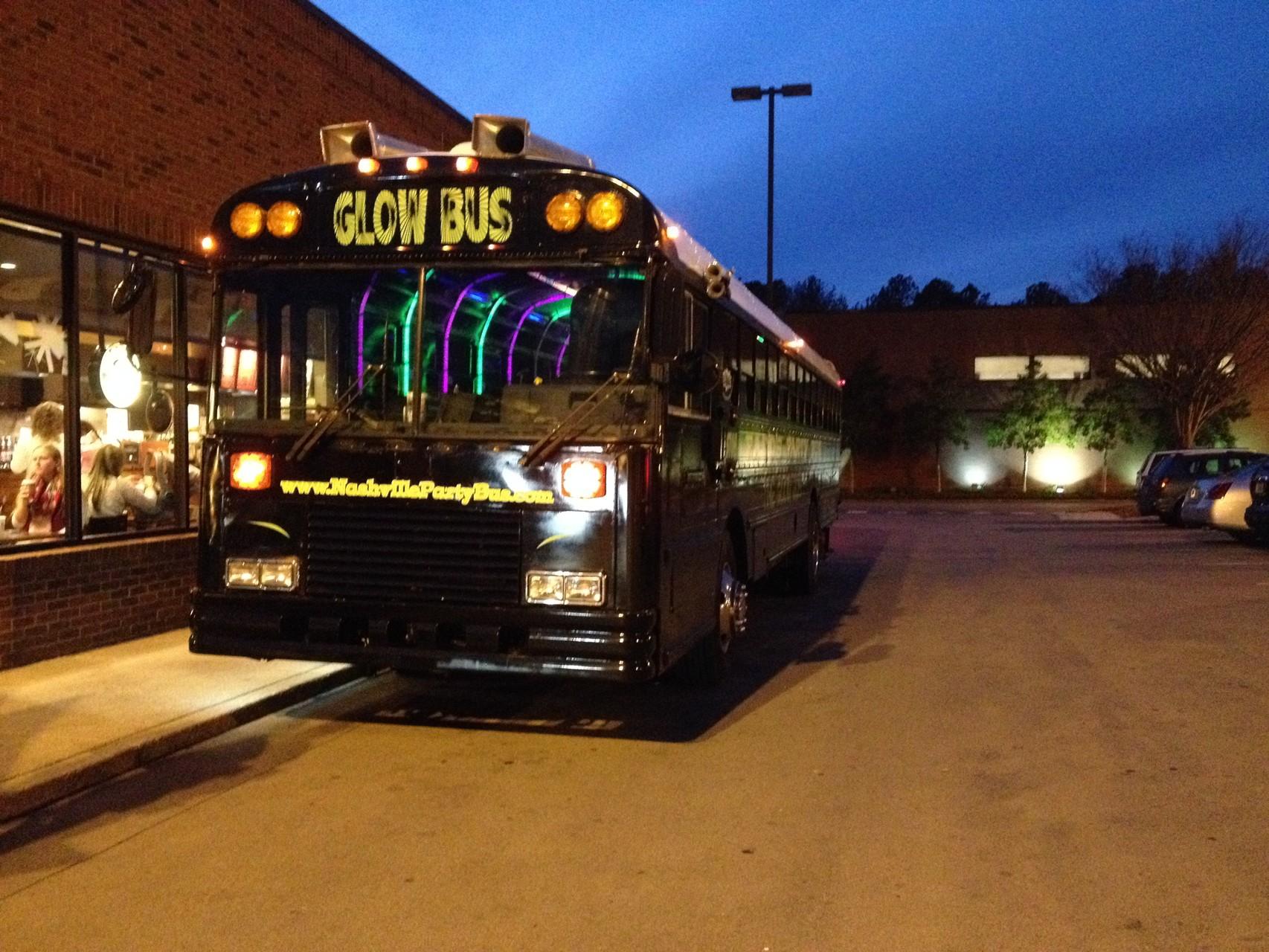 Glow-Bus...