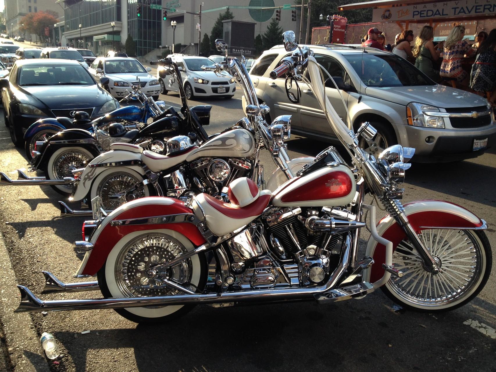Motorräder in Downtown