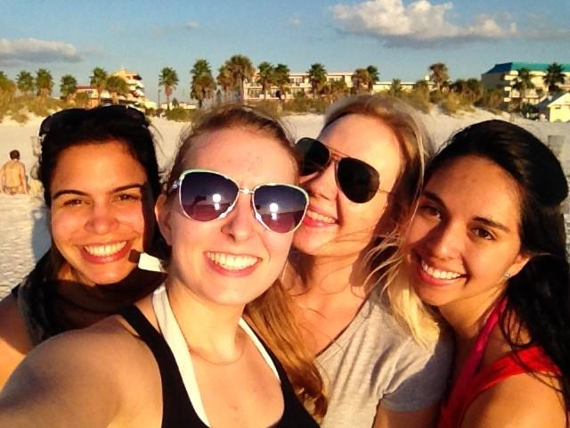 mit den Mädels am Strand :)