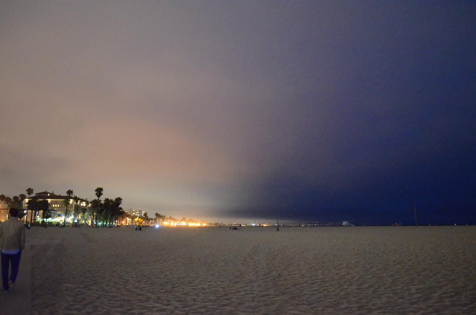 Nacht vs. Lichterstadt