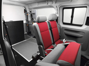 If a wheelchair is on board, the neck and back support can be rotated to save space on the vehicle side.
