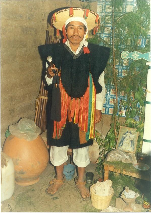 ein Würdenträger / a dignitary in Chamula, Chiapas