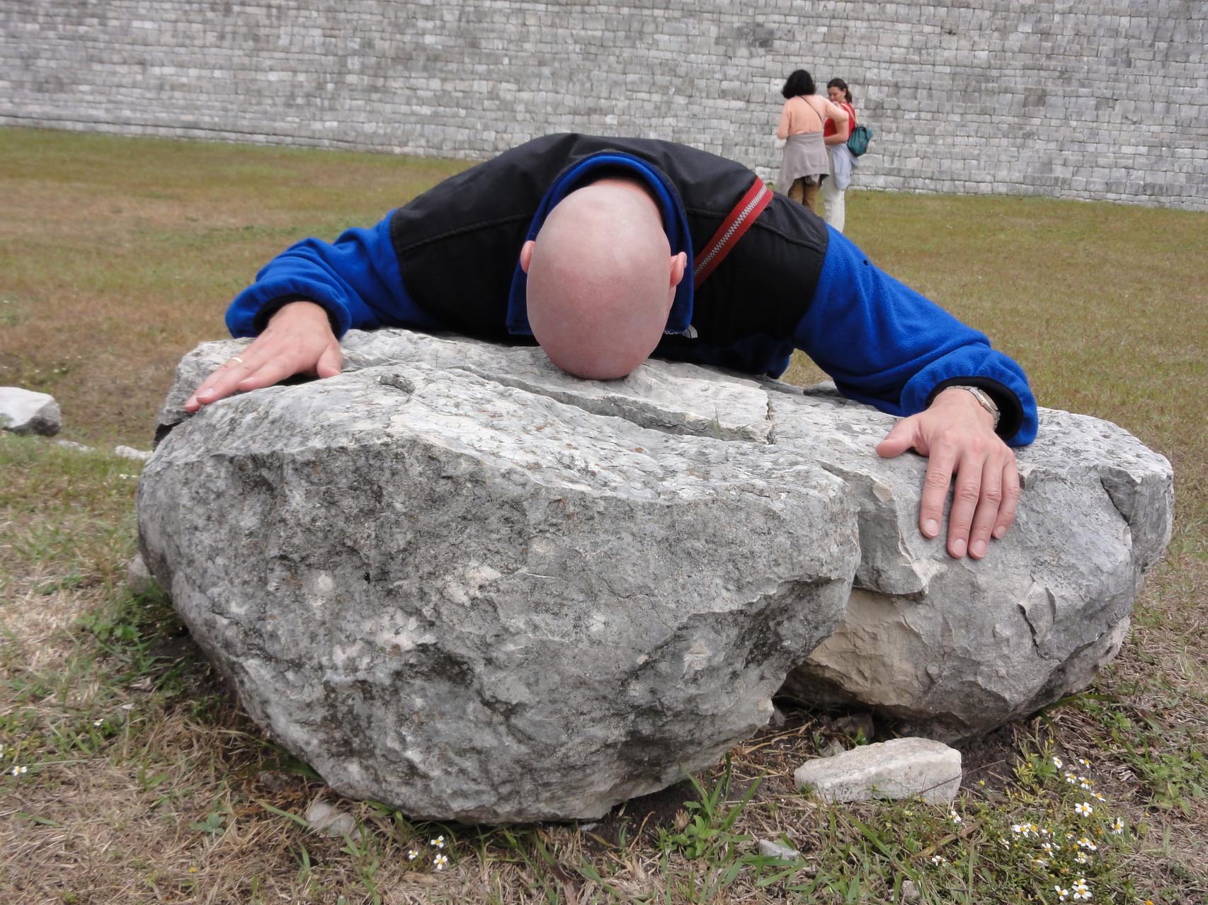 Demut, Respekt und Geben... (Tenam Puente, Maya Pyramid)