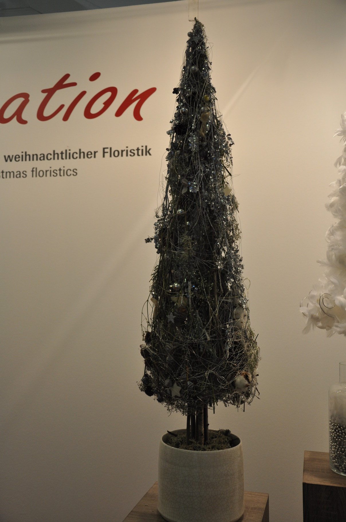 Marie-Luise Lebsanft tree with light