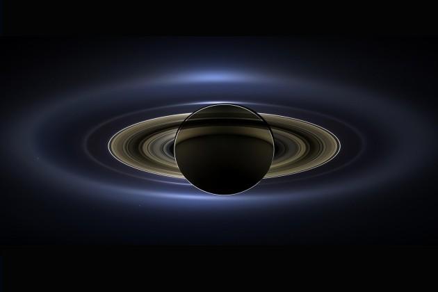 Anneaux de Saturne vu par la sonde Cassini
