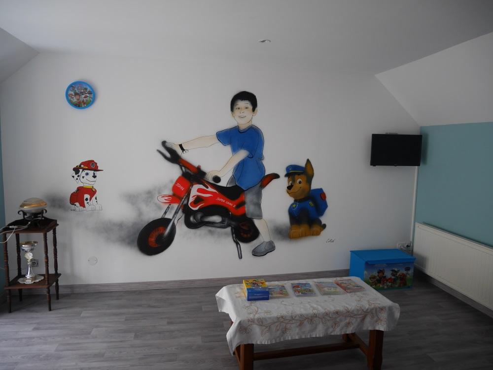 fresque-déco-chambre-moto-pat-patrouille