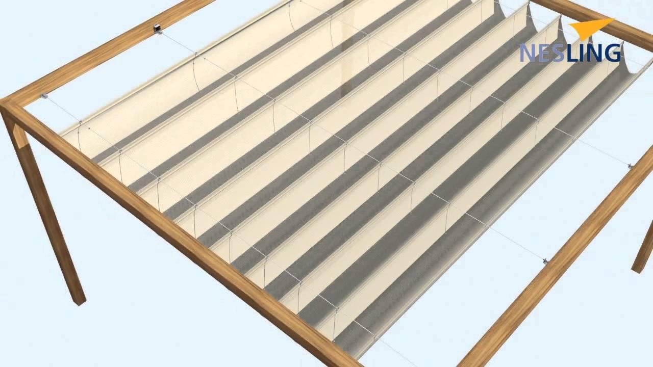 Nesling Coolfit harmonica tussen houten palen