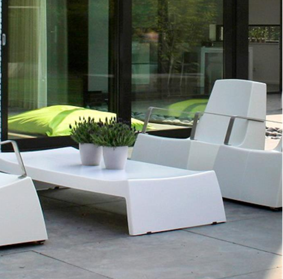 LOUNGE Chair + lage tafel (lang)