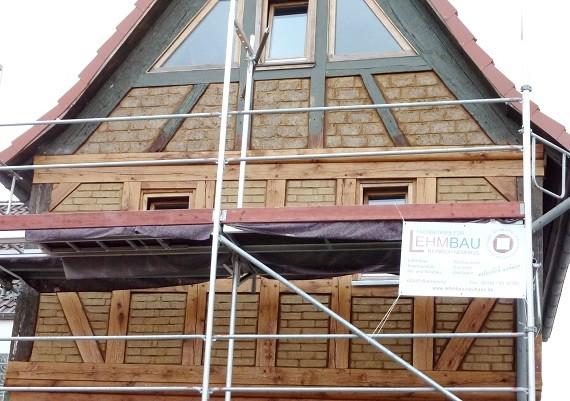 Fachwerk ausmauern - Gefache mit Lehmstein