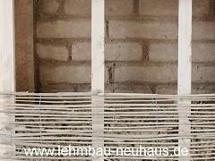 Holz-Leichtlehmschüttung Innendämmung
