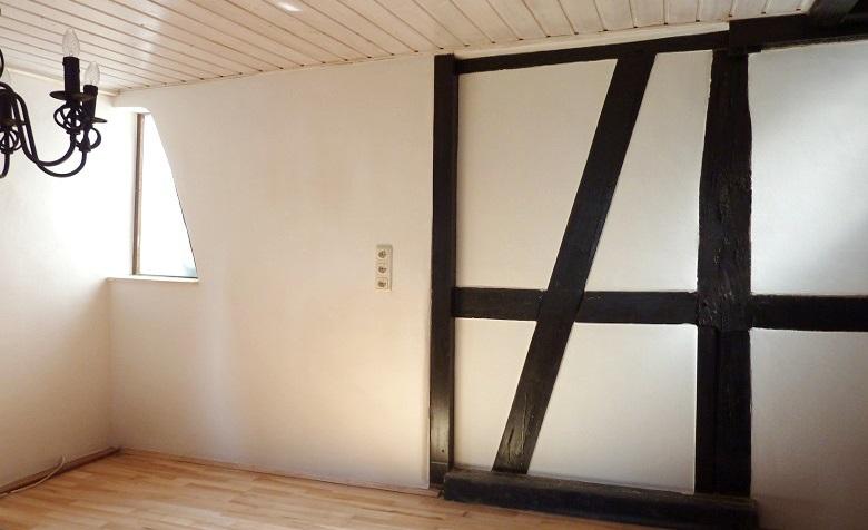 lehmbau neuhaus lehmputz fachwerkhaus sanierung wandheizung mit lehm. Black Bedroom Furniture Sets. Home Design Ideas