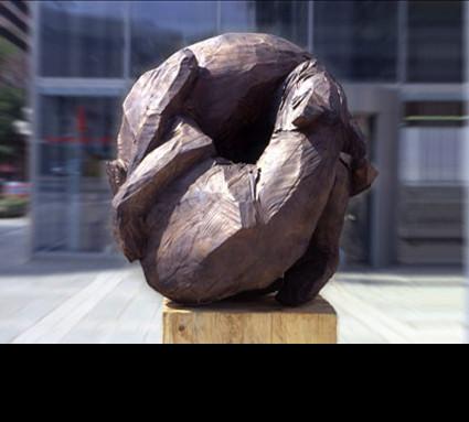 """Hundekampf"" 2001; Bildhauer: Rösner Christian; Guß: Franz Jahn"