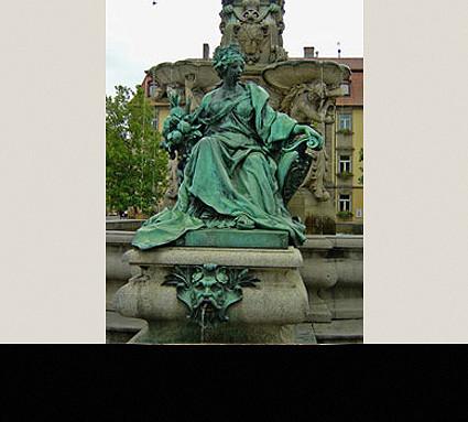 Pauli Brunnen, 1889; Standort: Erlangen, Marktplatz; Guß: Christoph A. Lenz