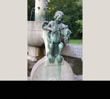 Bronzefiguren des Minnesängerbrunnen, 1905; Standort: Nürnberg, Rosenaupark; Bildhauer: Philipp Kittler; Guß: Christoph Lenz