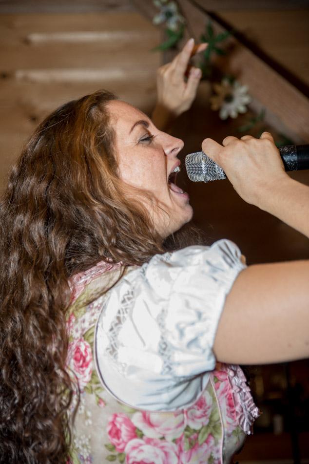 Maisach Hochzeit Feier Unterschweinbach Party Brautverziehn Schickeria Band