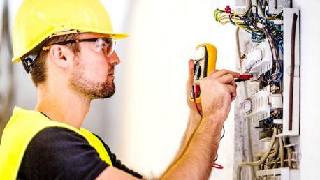 funciones de un electricista
