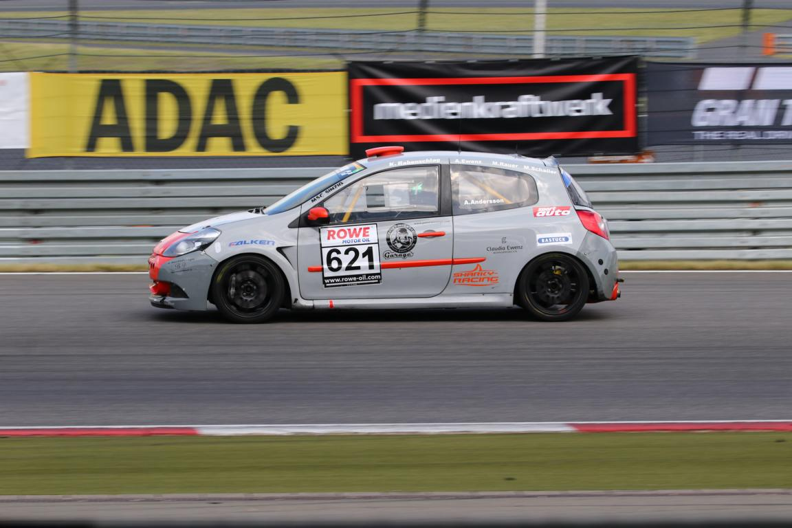 Platz 2 für Sharky-Racing bei NLS 4 auf dem Nürburgring
