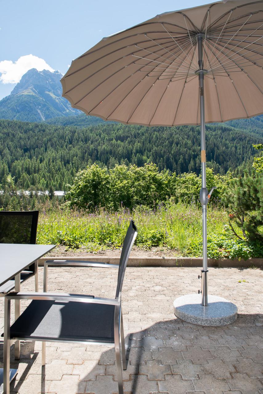 Ferienwohnung-Terrasse