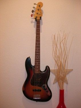 "Fender ""Road Worn"" Jazz Bass, Mexiko, 2009"