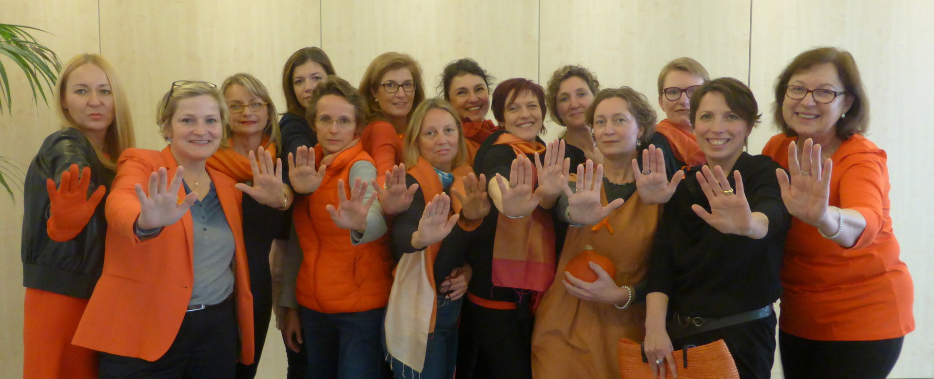 2014 11 Soroptimist Club Worms sagt STOPP!! zu Gewalt gegen Frauen und Kindern