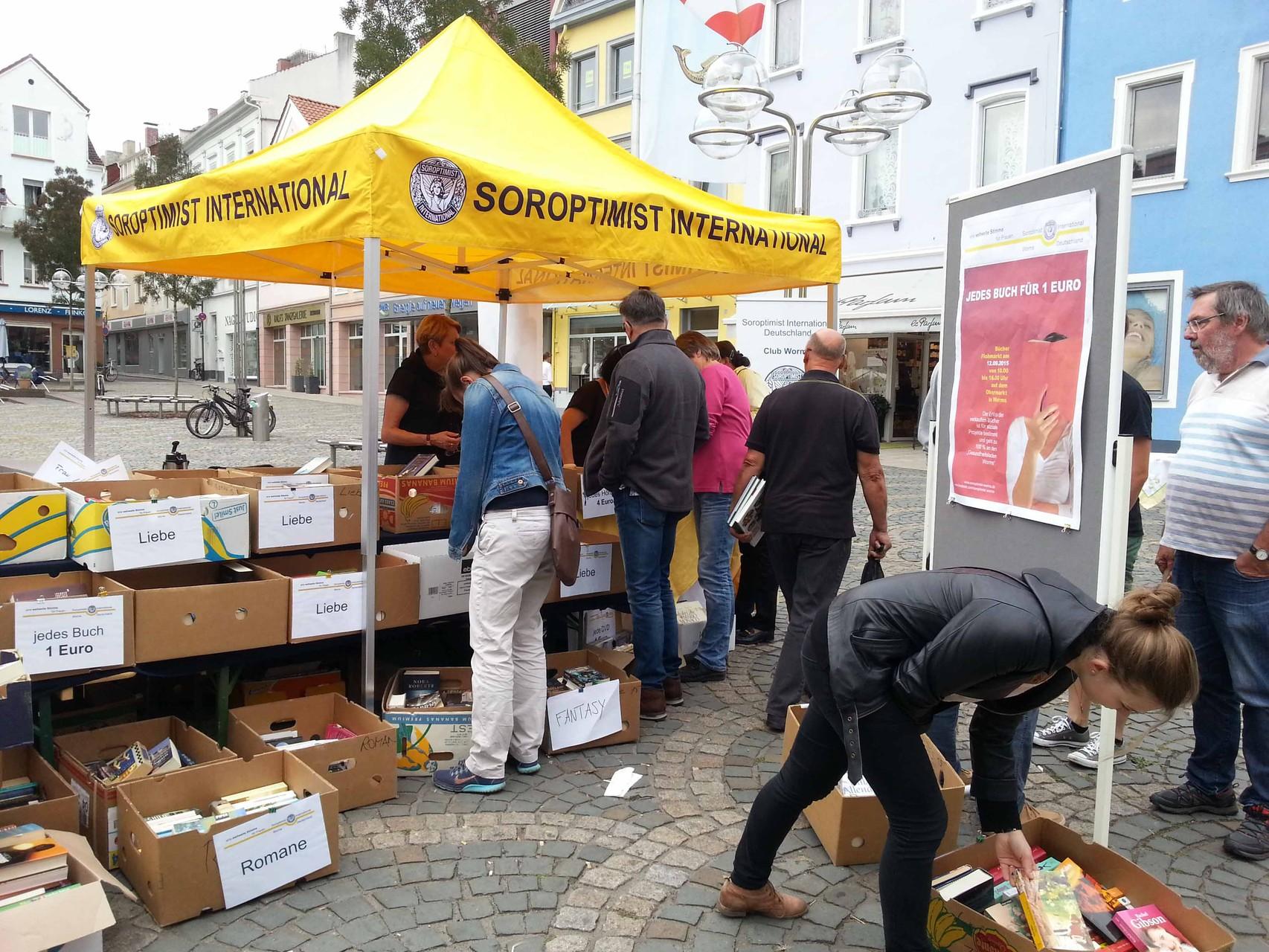 2015 09 Bücherflohmarkt