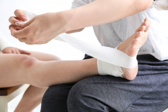 捻挫と包帯