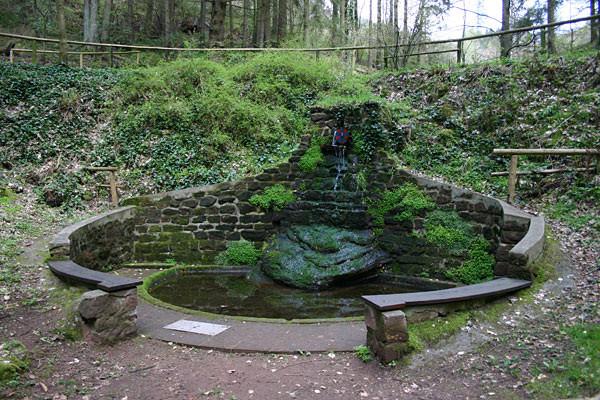 Der Osterbrunnen