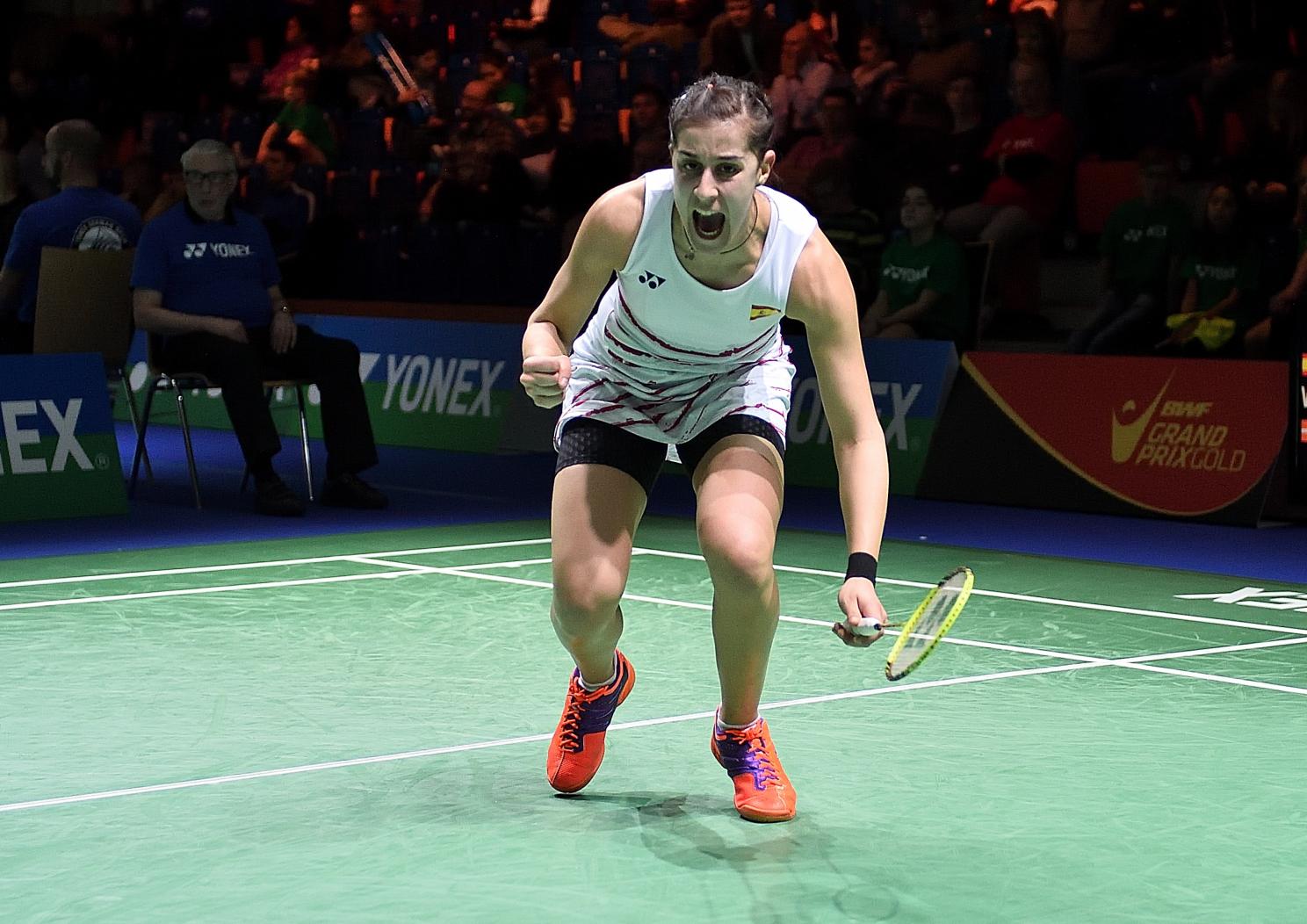 Carolina Marin musste zum Auftakt direkt über die volle Distanz, setzte sich dann aber gegen Line Kjaersfeldt durch